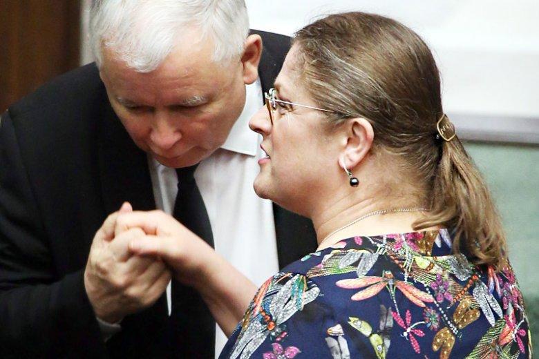 Posłanka PiS Krystyna Pawłowicz nie przyjmuje przeprosin Jurka Owsiaka za doradzanie jej spróbowania seksu.