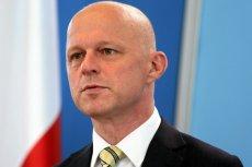 Paweł Szałamacha, Minister Finansów. Klienci mieli nie ucierpieć, a to oni dostali po kieszeni. Banki zarabiają coraz więcej, mimo PiS-owskiego podatku