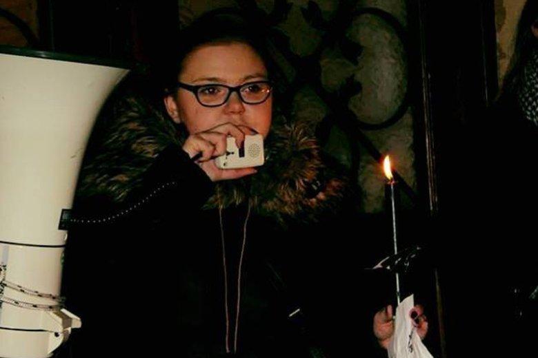 Katarzyna Kulerska na demonstracji przed biurem PiS w Krakowie