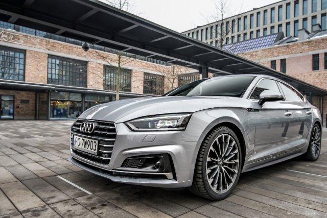 """Audi tworzy własnego """"janosika"""". Modele A5 Sportback będą ze sobą gadać o tym, co widziały na drodze"""
