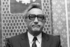 Pierwszy niekomunistyczny premier od czasów II wojny na posiedzeniu Rady Ministrów, 1989 rok.