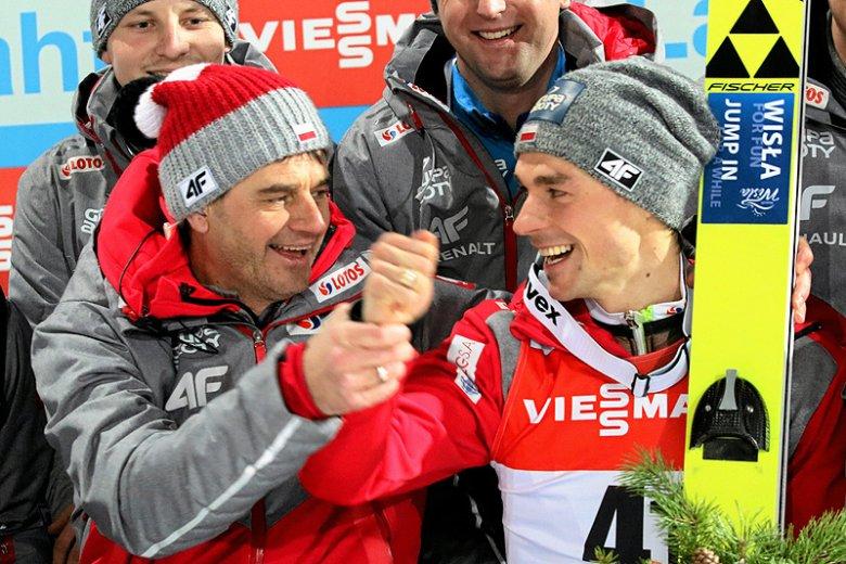 Brązowy medalista MŚ w Lahti Piotr Żyła fetuje, bo zna zasady skoków narciarskich i wie, że nie padł ofiarą sędziowskiego spisku przeciw Polakom.