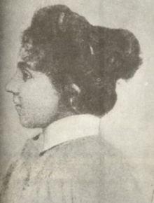 Jedno z dwóch zdjęć Marii Komornickiej. Tu Maria przed przemianą w Piotra.