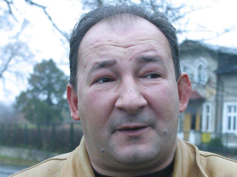 Ksiądz Janusz Koplewski w mediach funkcjonuje jako spowiednik i przyjaciel gwiazd.