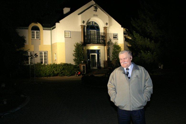 Lech Wałęsa mieszka w willi przy ulicy Polanki 54 w Gdańsku-Oliwie.