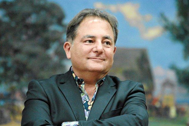 TVP rozstaje się z Robertem Makłowiczem. To efekt sporu o wykorzystanie jego wizerunku i wypowiedzi w zmanipulowany sposób do produkcji spotu promującego Telewizję Publiczną.