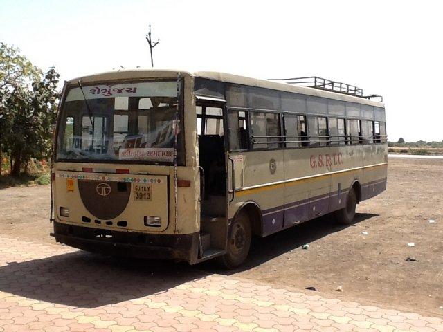 Autobus z Palitana do Ahmadabad, Indie
