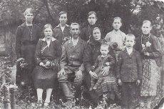 Rodzina Jasionczaków z Woli Ostrowieckiej. Wszyscy zginęli z rąk UPA.