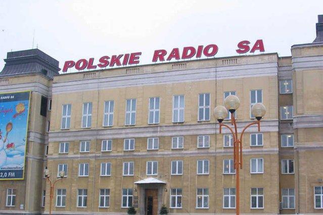 Polskie Radio rezygnuje z zakupów produktów firmy Maspex. Wszystko przez kontrowersyjną reklamę ich napoju.