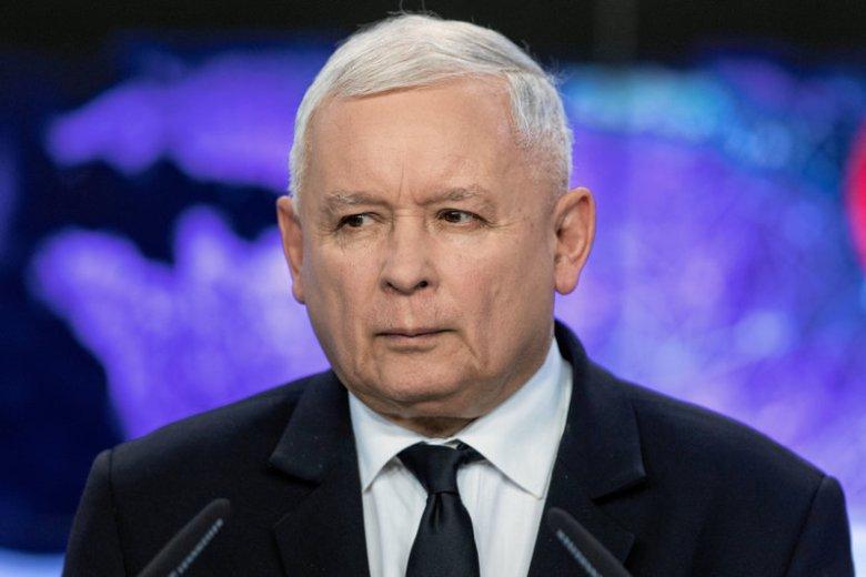 Jarosław Kaczyński i premier Morawiecki spotykają się cyklicznie w mieszkaniu prezes TK Julii Przyłębskiej.