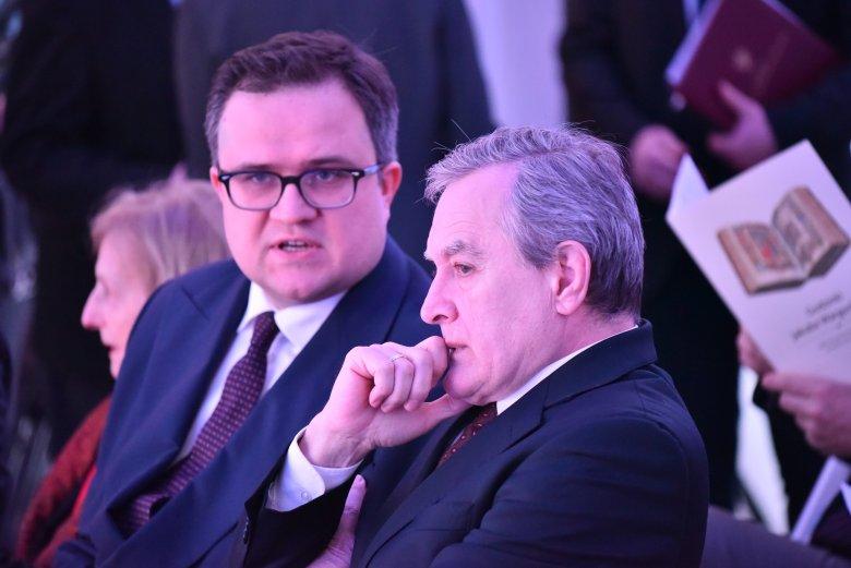Po lewej przyszły prezes Pekao Michał Krupiński. Stojąc na czele tego banku zarobi średnią roczną pensję w jeden dzień.