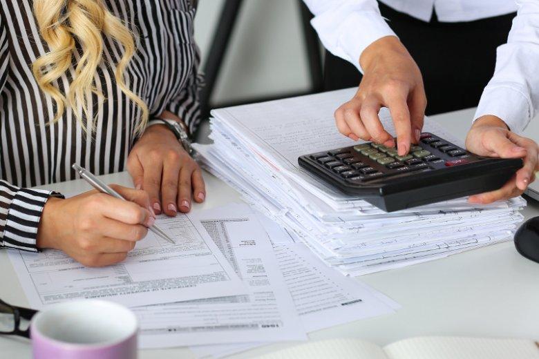 Wybór między podatkiem liniowym a progresywnym zależy przede wszystkim od tego, jakie przychody może uzyskać czyjaś działalność.