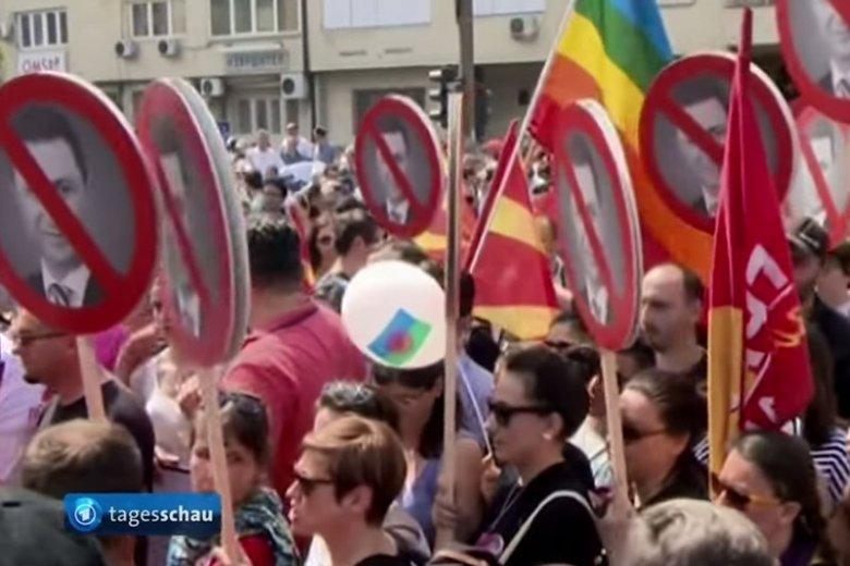 Antyrządowe protesty na ulicach Skopje.