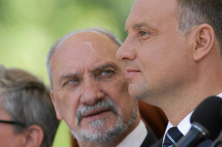Prezydent Andrzej Duda mianował Antoniego Macierewicza na marszałka seniora Sejmu.