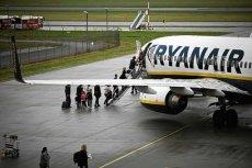 Samolot Ryanair musiał gwałtownie zmniejszyć wysokość. Pasażerowie byli przerażeni