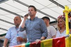 Rafał Trzaskowski otwierał Paradę Równości w Warszawie. Wydarzenie odbyło się pod jego patronatem.