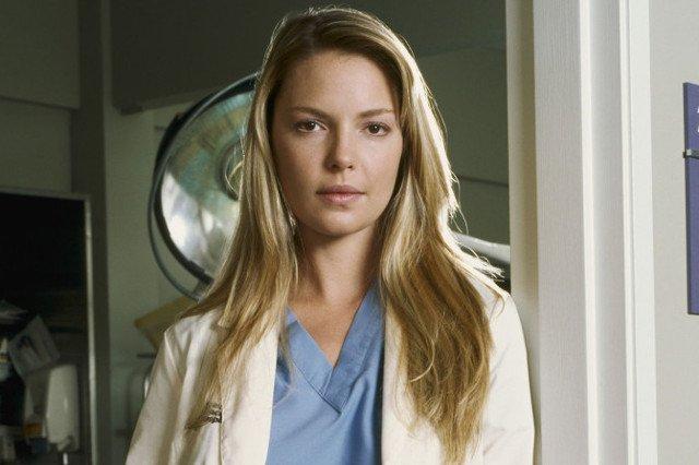 """Serialowa dr Lizzie podpadła twórczyni """"Chirurgów"""" i zniknęła z obsady serialu."""