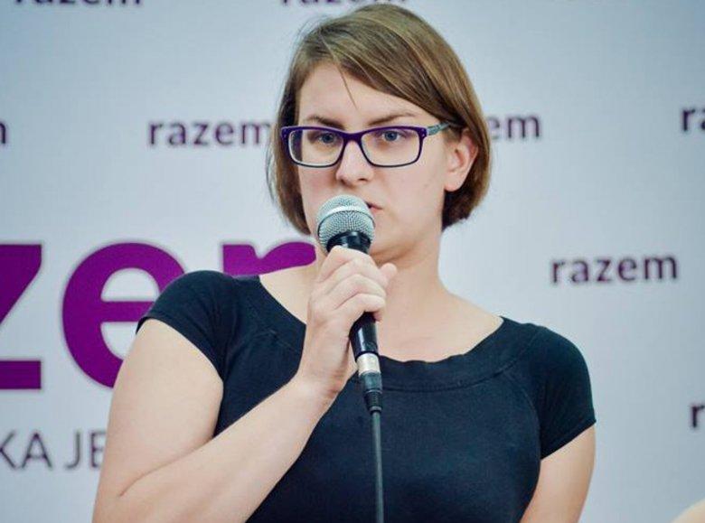 Justyna Samolińska jest działaczką partii Razem.