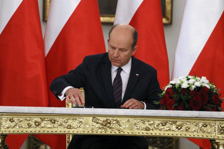 Odwołani ministrowie dostaną naprawdę dobre odprawy. Szczególnie Anna Streżyńska i Konstanty Radziwiłł.
