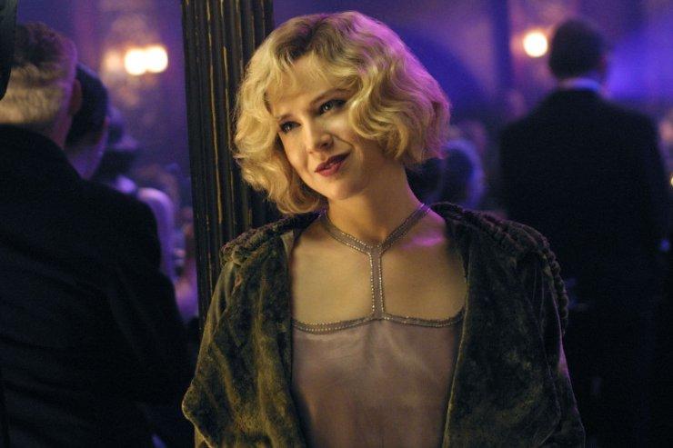 "Renee Zellweger w filmie ""Chicago"" z 2003 roku."