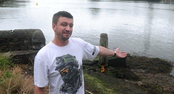 Piotr Smoleński uratował w Irlandii rodzinę z tonącego samochodu. Stał się bohaterem nei tylko na Wyspach.