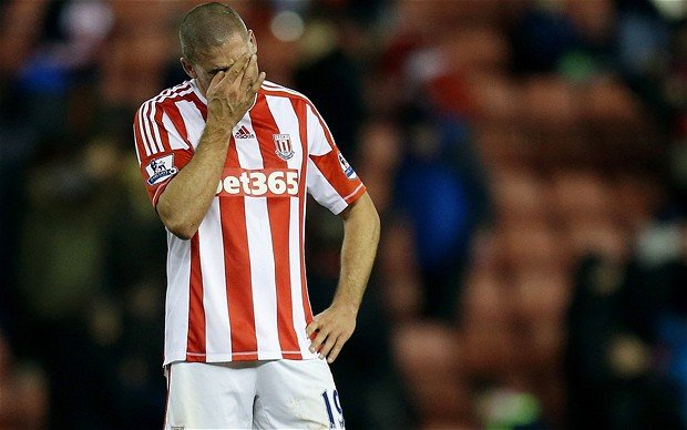 """Jonathan Walters był """"bohaterem"""" minionej kolejki Premier League."""