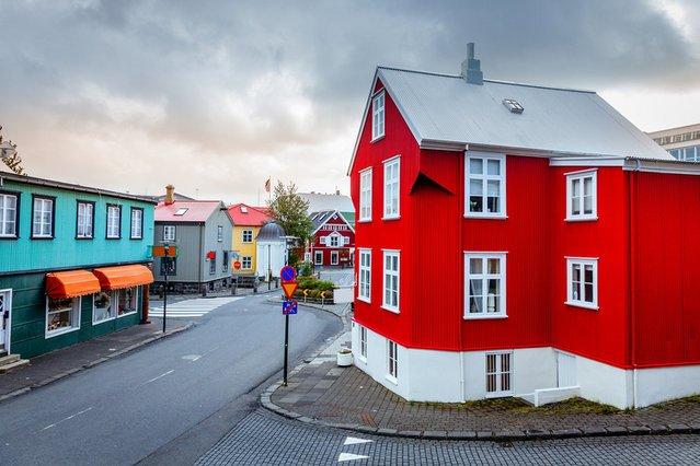"""Dobra zmiana dla islandzkich posłów. Dostaną podwyżkę pensji o 44 proc. W imię """"niezależności"""""""