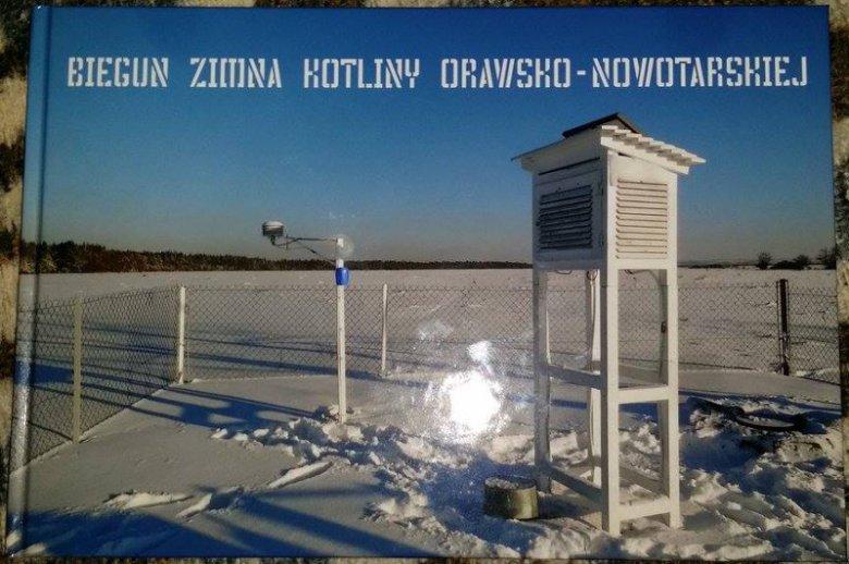 Powstał nawet album przedstawiający stację meteorologiczną Arnolda.