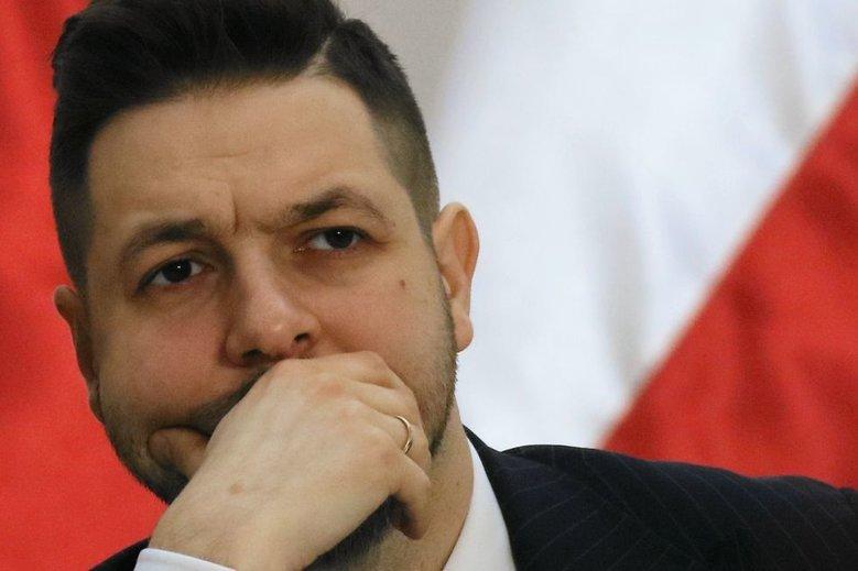 Miała być wrzutka pod adresem władz Warszawy. Trafiła w Jarosława Kaczyńskiego.