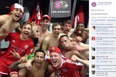 Bayern Monachium zdobył mistrzostwo Niemiec po 27. kolejkach i pokonaniu Herthy Berlin. Tak Bawarczycy cieszyli się po meczu