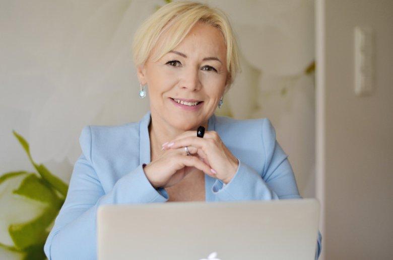 Anna Sarowska-Gierasimowicz, właścicielka firmy Careers Compass, korzysta z funduszy inwestycyjnych. W zarządzaniu finansami wspiera się radą fachowych doradców i funkcjonalnościami aplikacji
