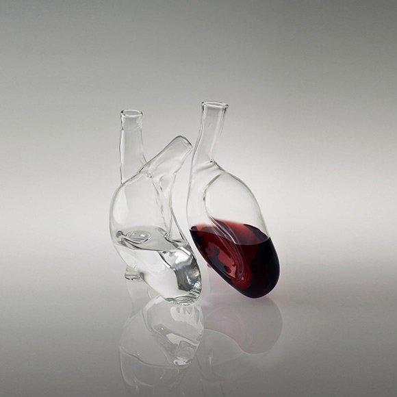 Zestaw szklanych karafek na wino i wodę. Projekt CUORE, Liviana Osti