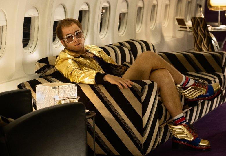 """""""Rocketman"""" nie zamiata niewygodnych faktów pod dywan, a sam Elton John nie urywa, że czasem bywał okrutny"""