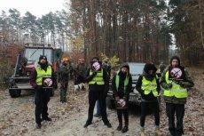 Aktywiści zablokowali polowanie w Oleśnicy.