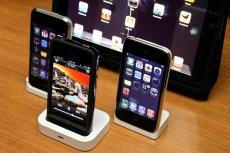 Apple zarabia na iPhone'ach ogromne pieniądze