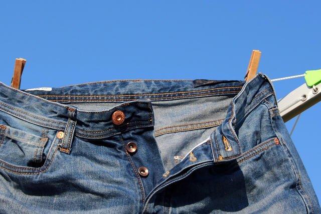 Dżinsy, według dyrektora generalnego Levis'a, należy prać raz do roku, a najlepiej wcale.