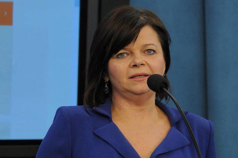 Posłanka PO Izabela Leszczyna, była wiceminister finansów odpowiada PiS na zarzuty ws. wyłudzeń VAT