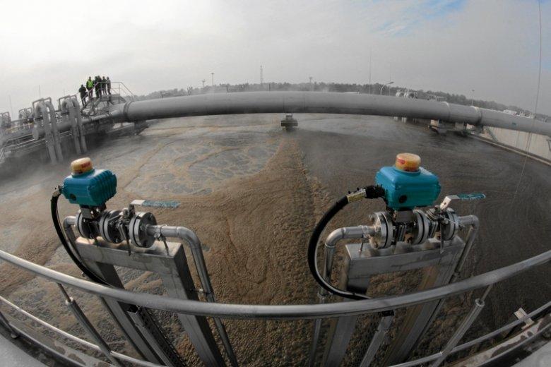 Rok 2012, to wtedy w Warszawie otworzono oczyszczalnię Czajka. Wcześniej ścieki były zrzucane wprost do Wisły.