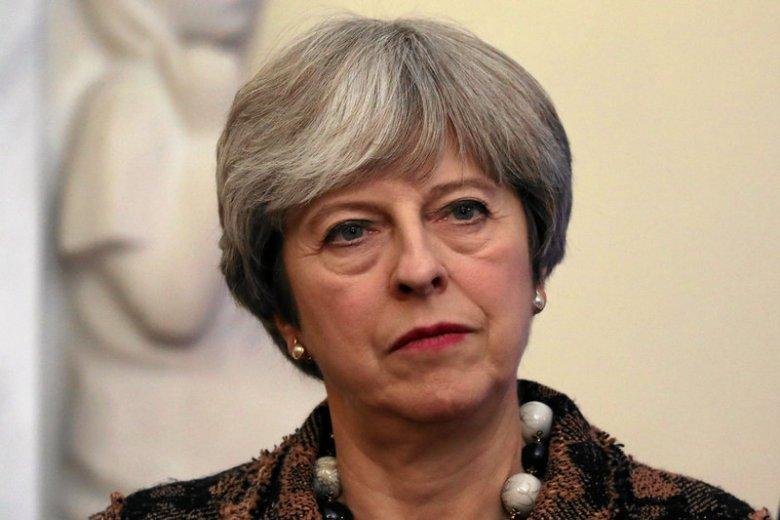 May ogłosiła swoją dymisję w piątek.
