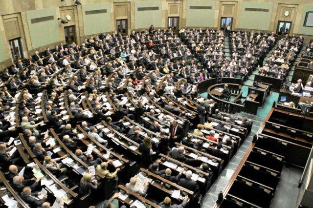 Wszystkie partie w Sejmie: PO, PSL, PiS, SLD i Twój Ruch, odmówiły podania informacji o swoich wydatkach