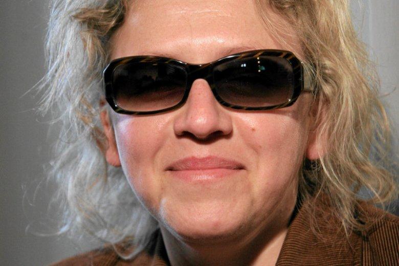 Justyna Kucińska jest osobą niewidomą i walczy o prawo wyborcze dla osób niepełnosprawnych.