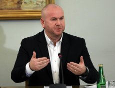 """Paweł Wojtunik powiedział, że przeszukanie gabinetu Marka Chrzanowskiego jest """"nie do obrony""""."""