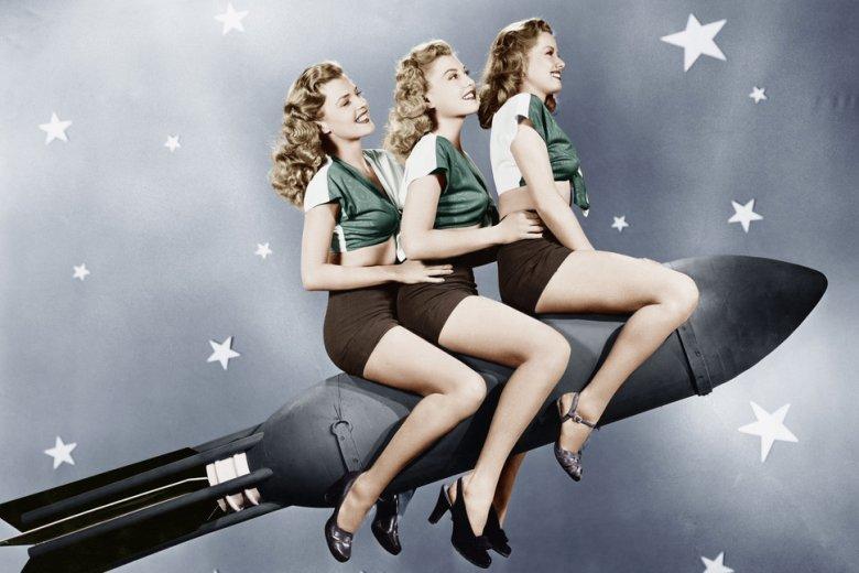 """Chłopaków się w szkołach namawia do podboju kosmosu, a [url=http://shutr.bz/1nJYLhe]dziewczynki [/url] najlepiej niech się zajmują czymś """"kobiecym""""."""