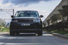 Range Rover Sport w wersji HST ma nowy, sześciocylindrowy silnik.