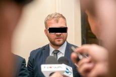 Były już radny PiS Rafał P. oskarżony jest o znęcanie się nad żoną. A na jaw wychodzą coraz bardziej szokujące fakty.