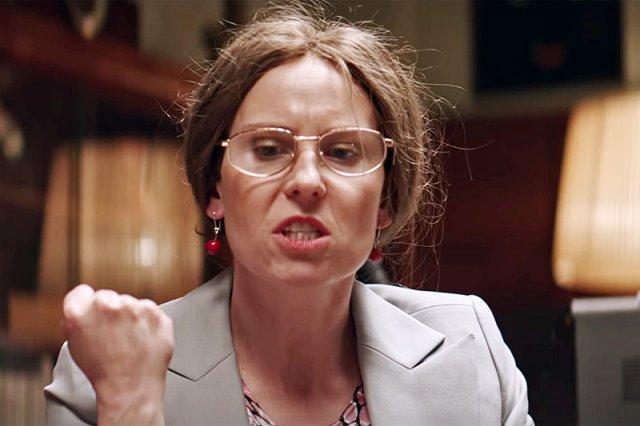 """Posłanka PiS Krystyna Pawłowicz została bohaterką jednego z odcinków satyrycznego serialu Roberta Górskiego """"Ucho prezesa"""". I bardzo jej się to nie spodobało."""