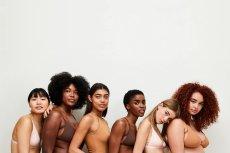 Po raz kolejny Asos zaprasza do współpracy modelki o różnych typach sylwetki, udowadniając, że każde ciało jest piękne