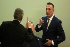Krzysztof Brejza odkrył powiązania Amber Gold i Marcina P. ze SKOK-ami. Parlamentarzyści PiS-u nie są z tego zadowoleni.