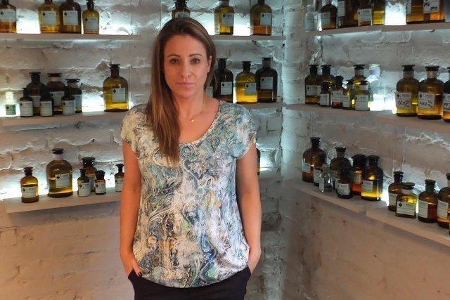 Monika Zagajska, twórczyni perfumerii Mo61 Perfume Lab na Mokotowskiej