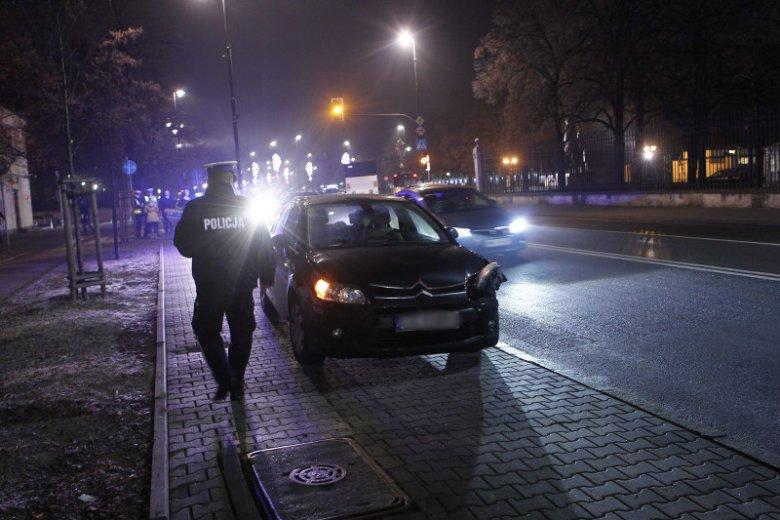 Prezydencka limuzyna zajechała drogę kierowcy tego auta.